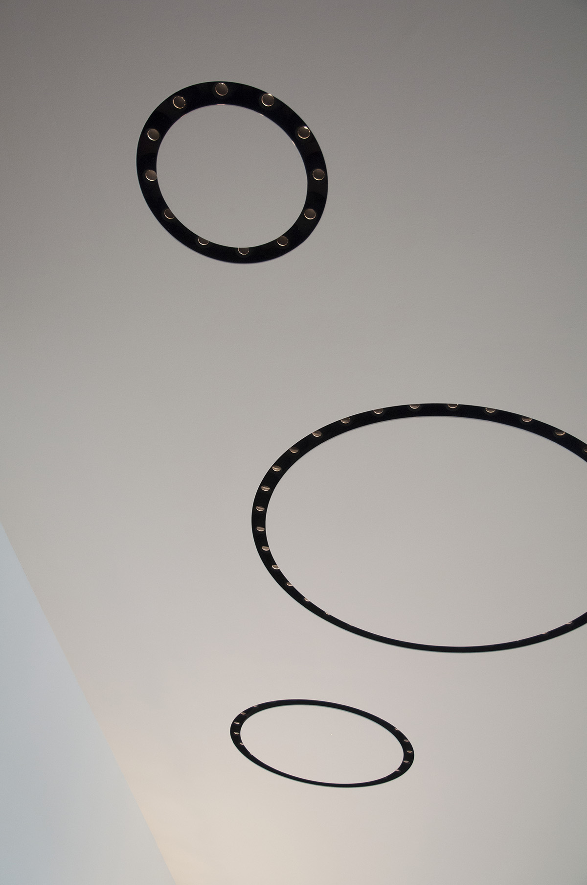 Circle of Lights - Tirimless REcessed Lighting