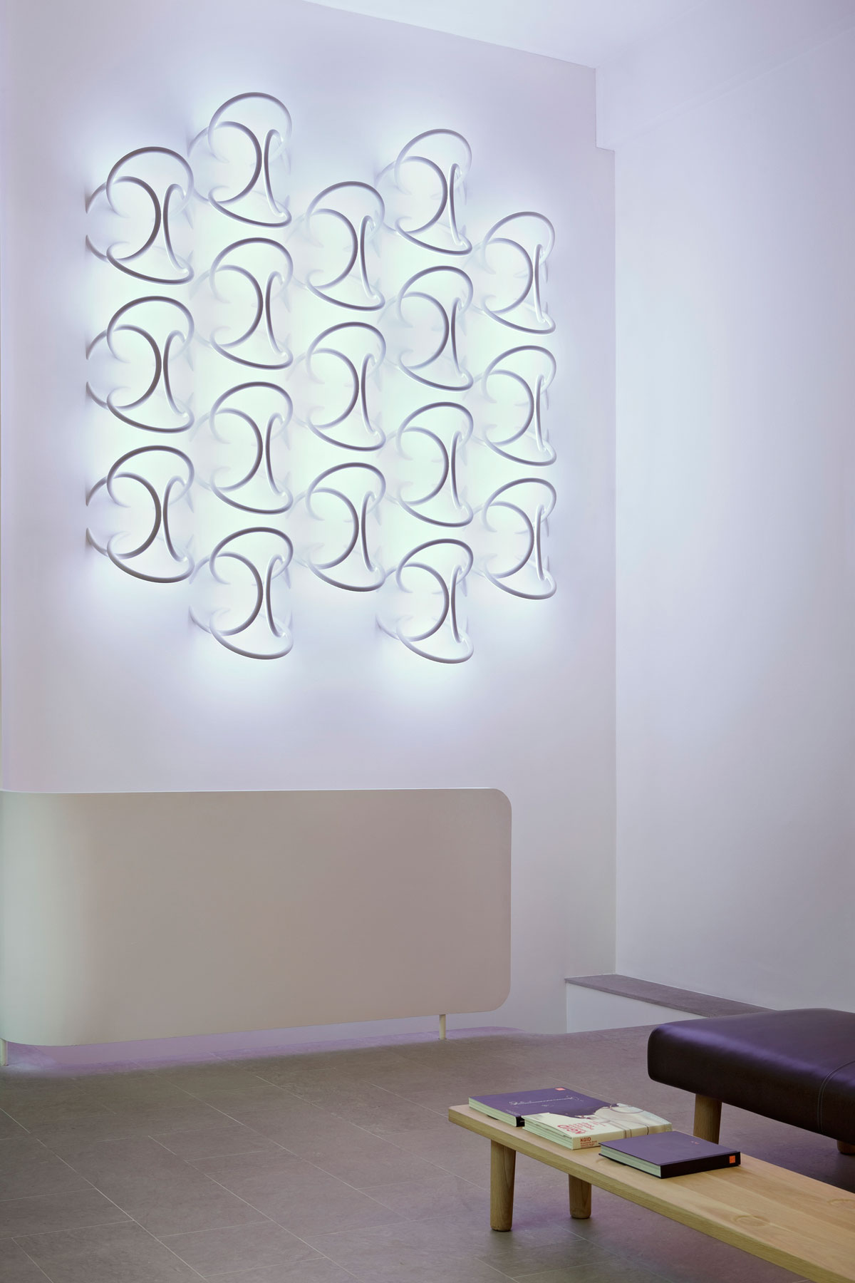 Wall Piercing – Soft Architecture Wall Piercing Light