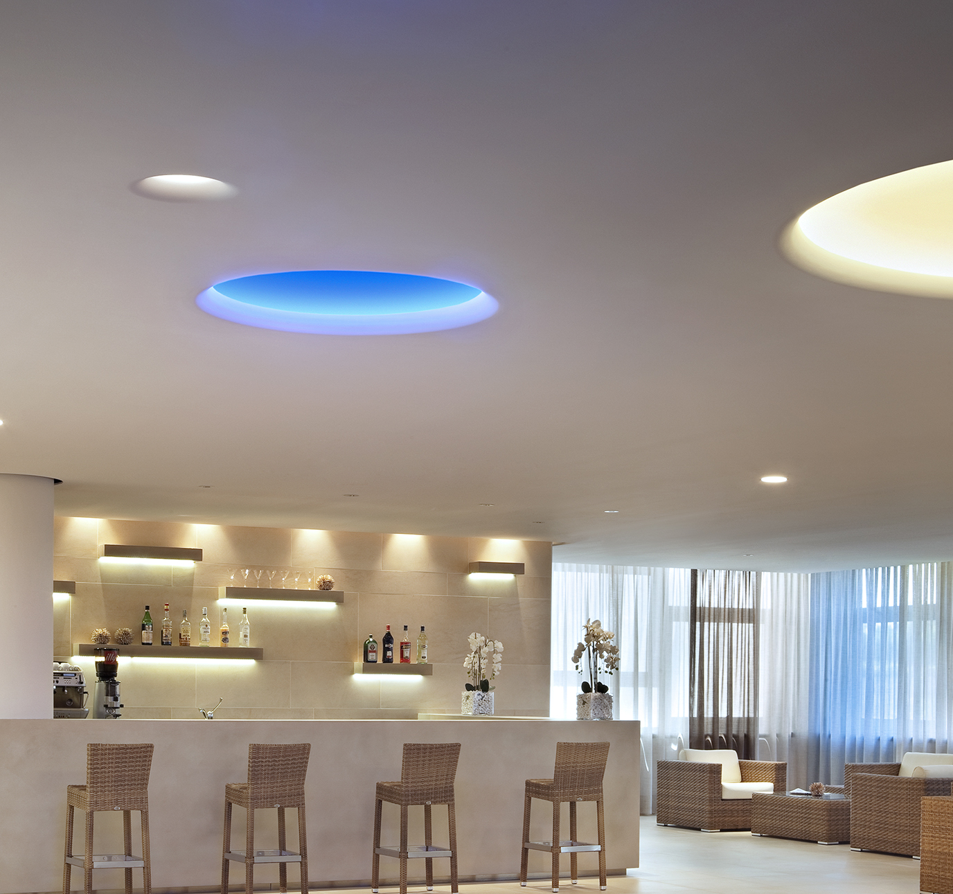 Uso 100 Ceiling Cove Lighting Flos Architectural